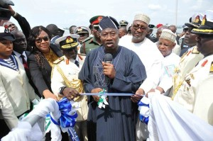 PIC.-8.-INAUGURATION-OF-4-NAVAL-WARSHIPS-IN-LAGOS-600x398